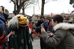 佐原・町並み・お正月 獅子舞%20(26)